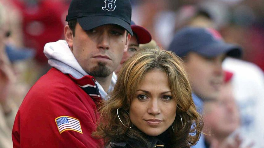 Ben Affleck und Jennifer Lopez 2003 in Fenway Park