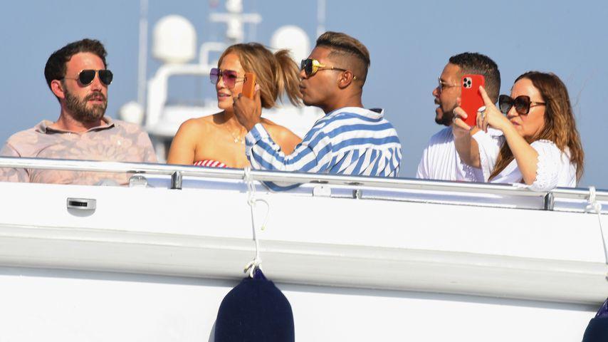 Ben Affleck und Jennifer Lopez mit Freunden auf Capri