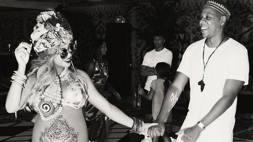Platzt die gleich? Beyoncé zeigt ihren XXXL-Babybauch!