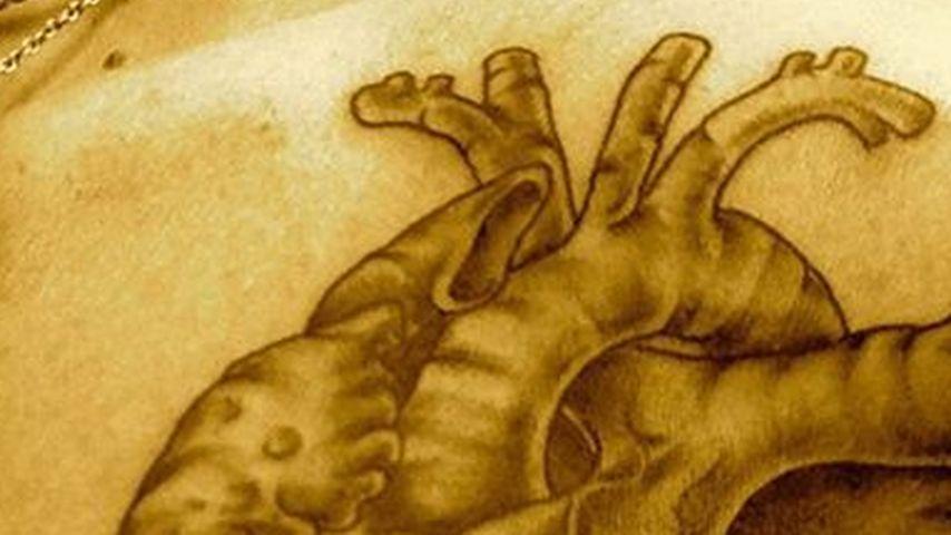Auffällig! DAS ist Bill Kaulitz' neues Herz-Tattoo