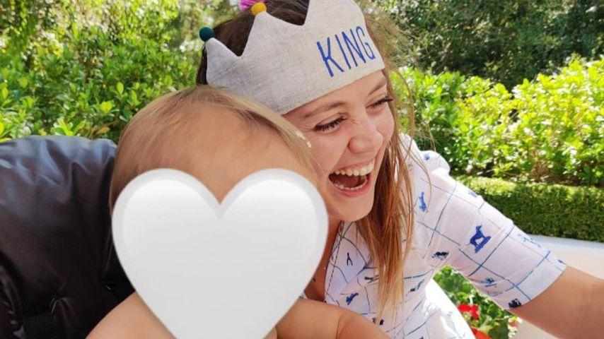 Billie Lourd strahlt: Sohn Kingston feiert ersten Geburtstag