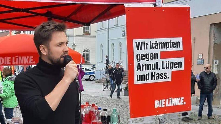 Björn Harras bei einem Gegenprotest in Meuselwitz zur #fckafd-Veranstaltung