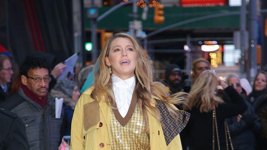 Komplett in Gelb: Fashionista Blake Lively rockt New York
