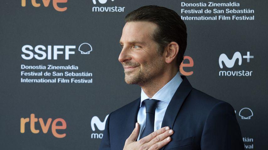 Wegen Tod seines Vaters: Bradley Cooper weint im Interview