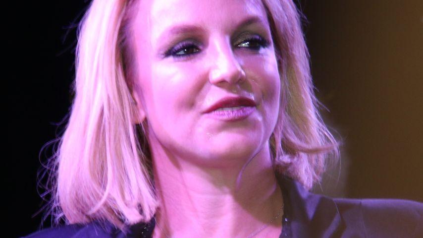 Versteift in Las Vegas: Was ist los mit Britney?