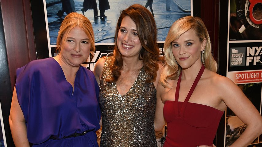 "Bruna Papandrea, Gillian Flynn und Reese Witherspoon bei der Premiere des Films ""Gone Girl"" in NYC"