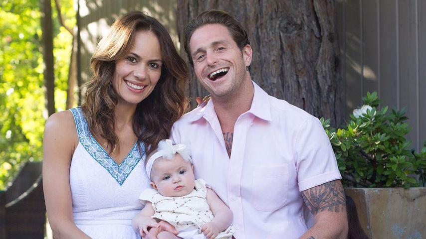 Cameron Douglas mit seiner Partnerin Viviane und ihrer gemeinsamen Tochter