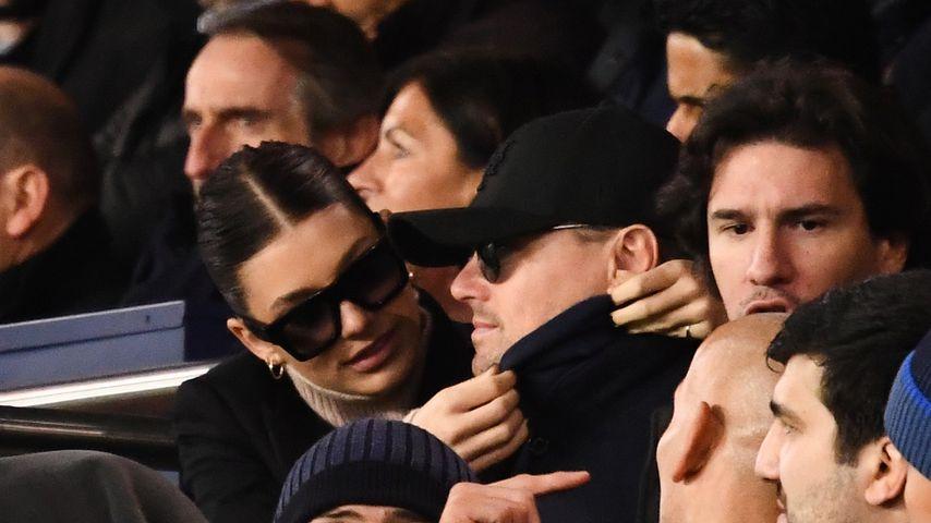 Camila Morrone und Leonardo DiCaprio bei einem Champions League Spiel in Paris