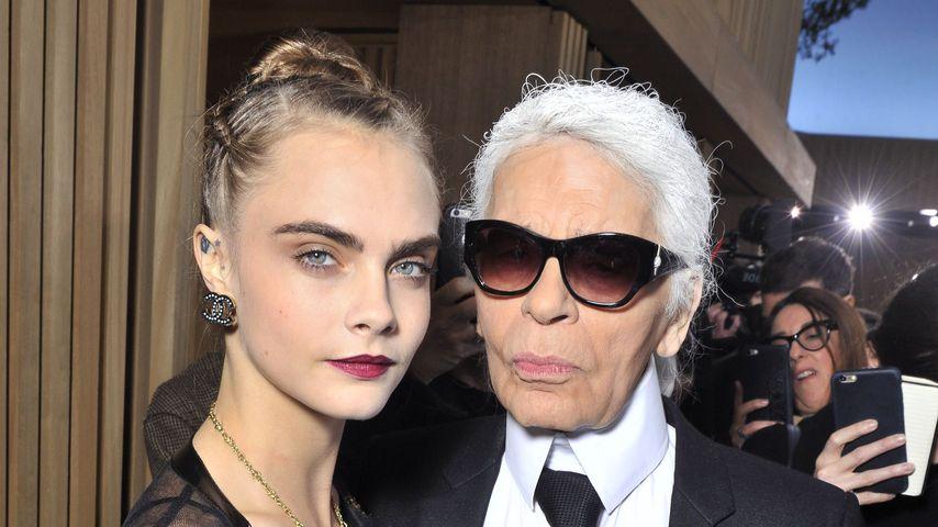 Cara Delevingne und Karl Lagerfeld bei der Chanel Haute Couture Show in Paris 2016