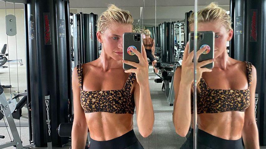 Sixpack-Queen: Caro Daur zeigt ihre trainierte Körpermitte