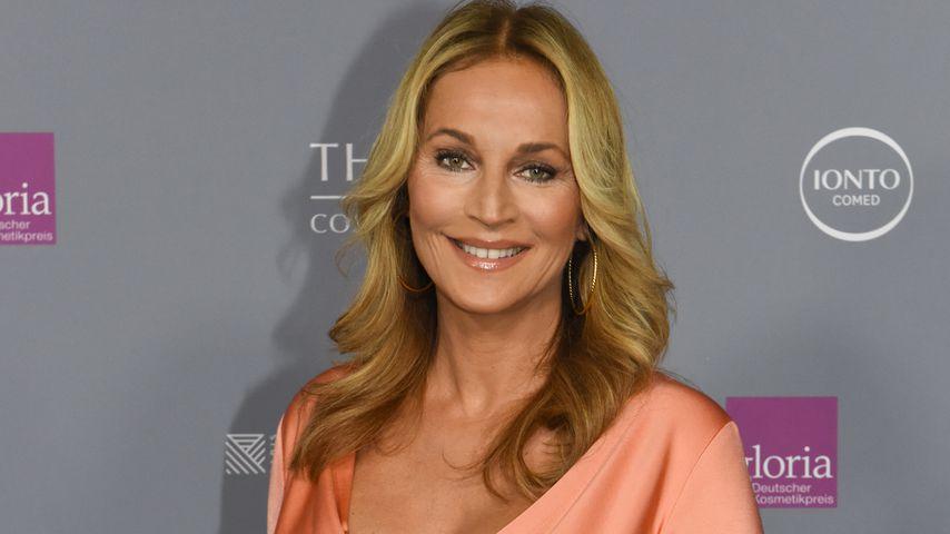 Schwangere Caroline Beil (50): Ihr Sohn (7) macht Babykurs!