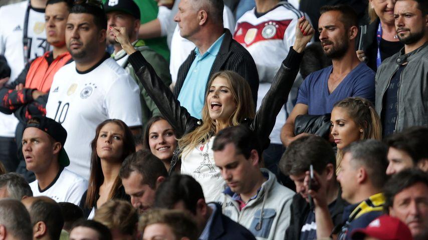 Jubel-Cathy: So sehr freut sich Frau Hummels für Deutschland
