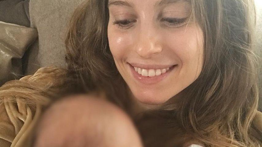 Vier Wochen Baby-Liebe: Cathy Hummels überglücklich!