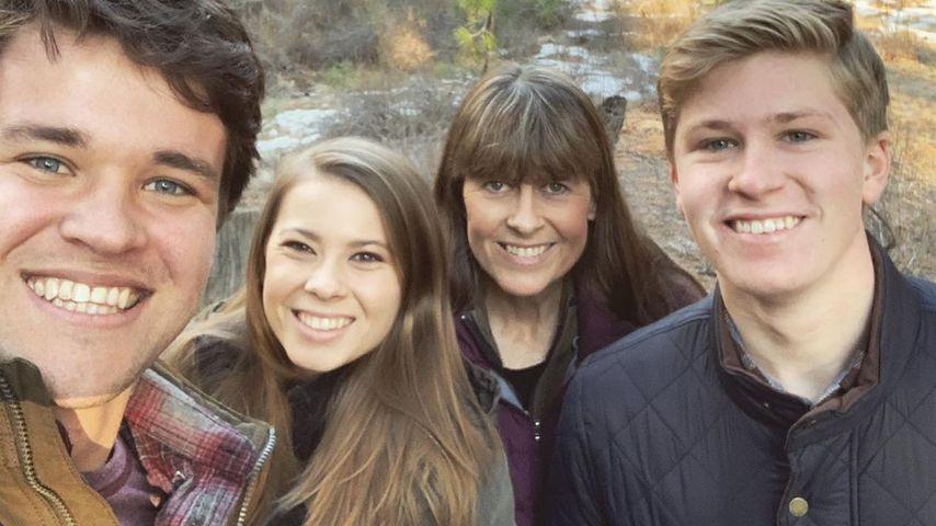 Chandler Powell, Bindi, Terri und Robert Irwin im Januar 2020