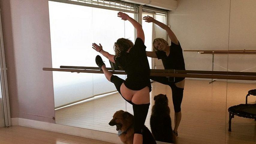 Schon wieder nackt: Chelsea Handler als Prima-PO-llerina