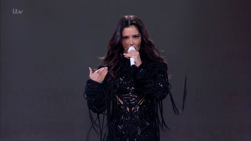 "Cheryl Cole während ihrer Performance von ""Love Made Me Do It"" bei ""X Factor"""