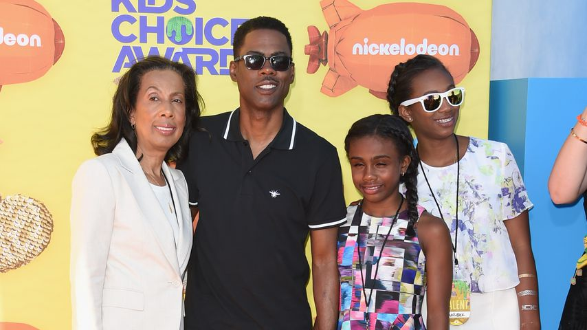 Chris Rock mit seiner Mutter Rose und seinen Kindern Zahra und Lola