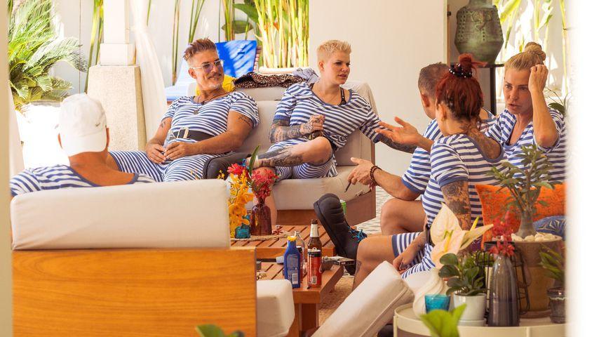 """Chris Töpperwien, Melanie Müller, Willi Herren und Giulia Siegel bei """"Promis unter Palmen"""" 2021"""