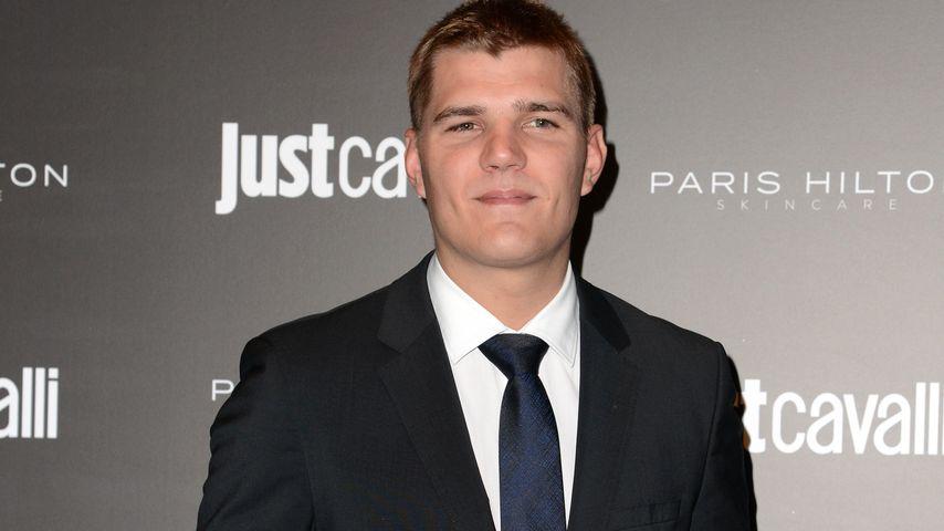 Chris Zylka beim Launch von Paris Hiltons Hautpflege-Linie