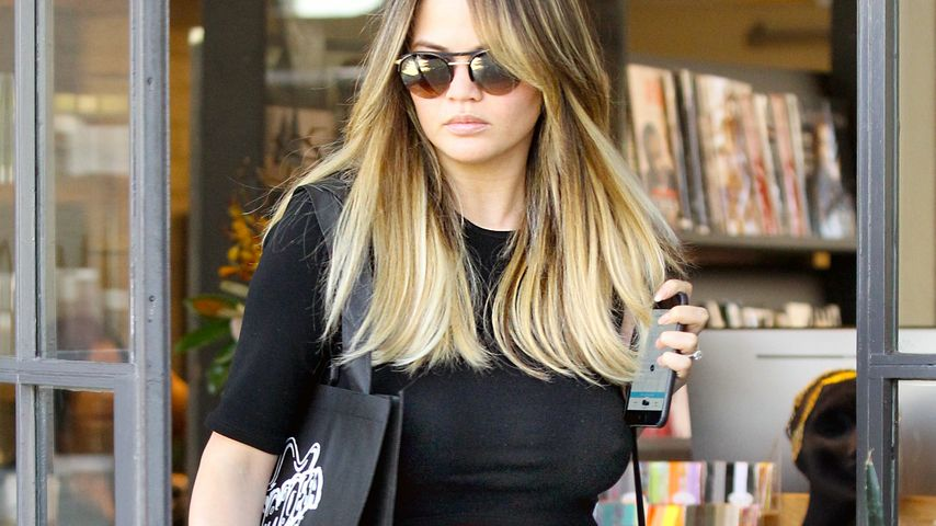 Chrissy Teigen in Beverly Hills