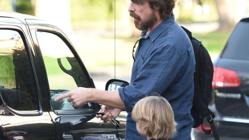 Christian Bale und sein Sohn im Dezember 2019