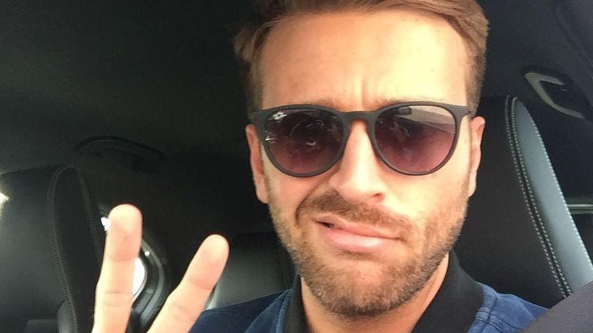 Moderator Christian Düren mit Sonnenbrille