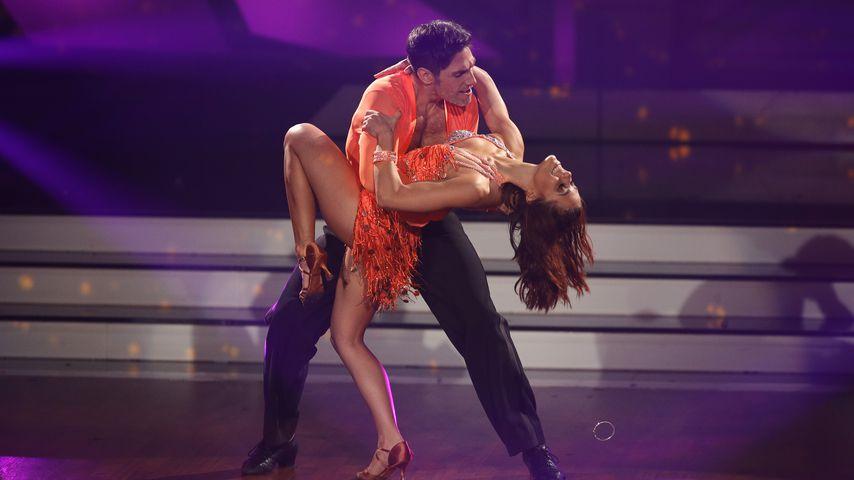 """Christian Polanc und Vanessa Mai während der fünften """"Let's Dance-Folge"""