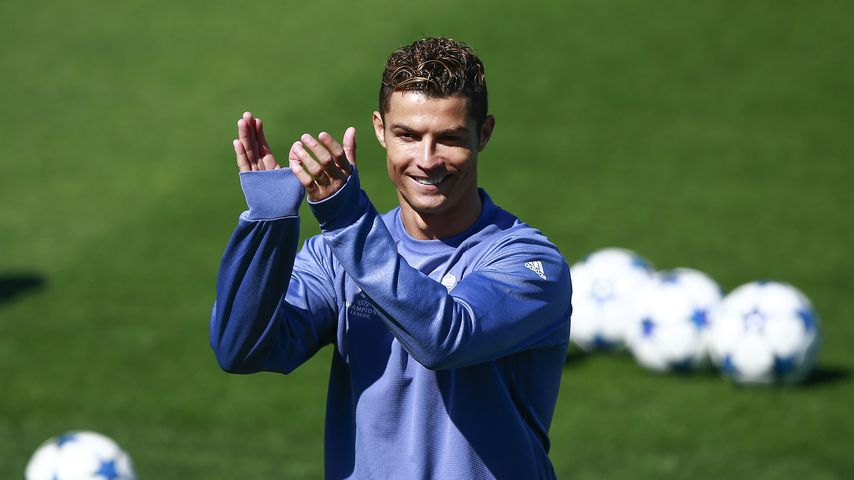 Papas Stolz: Cristiano Ronaldos Sohn kickt wie ein Großer!