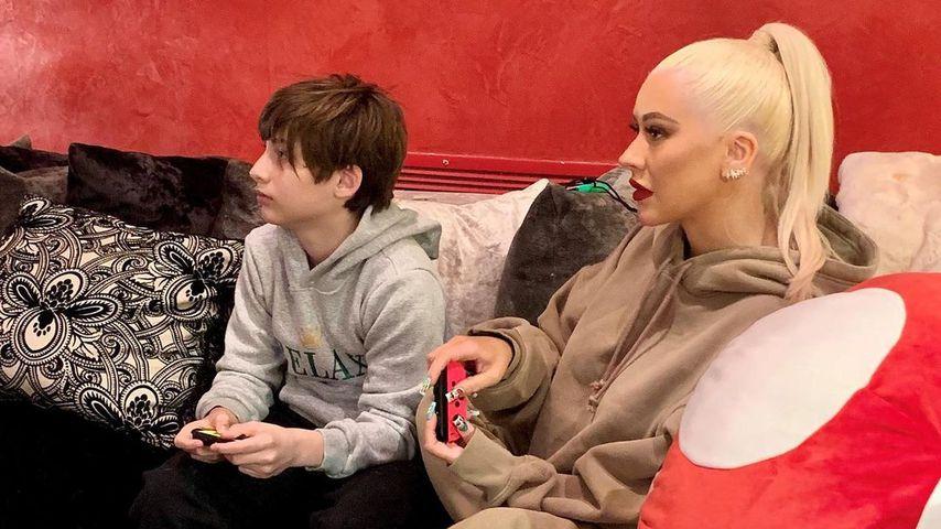 Seltenes Foto: Christina Aguilera zockt mit ihrem Sohn Max