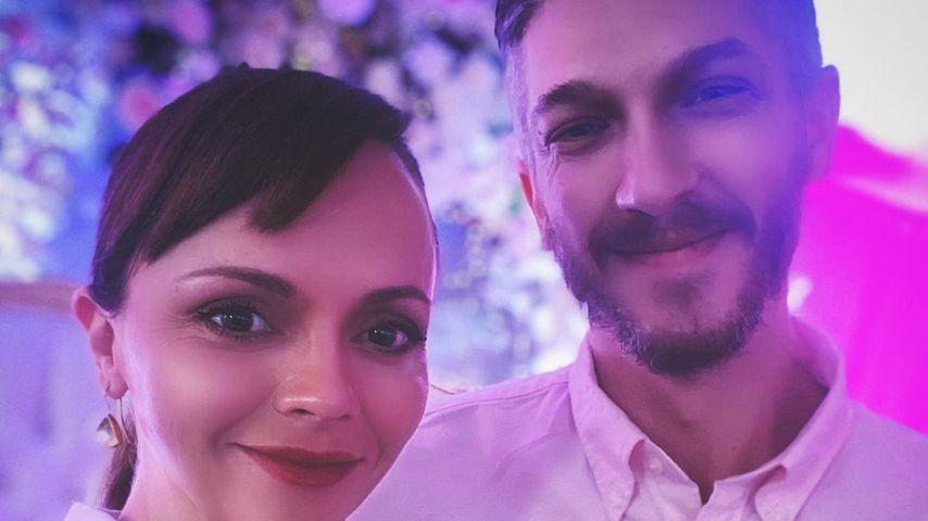 Schwangere Christina Ricci und Mark Hampton haben geheiratet