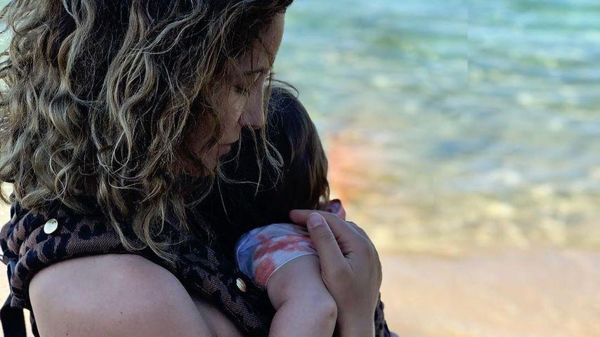 Chryssanthi Kavazi und ihr Baby auf Thásos