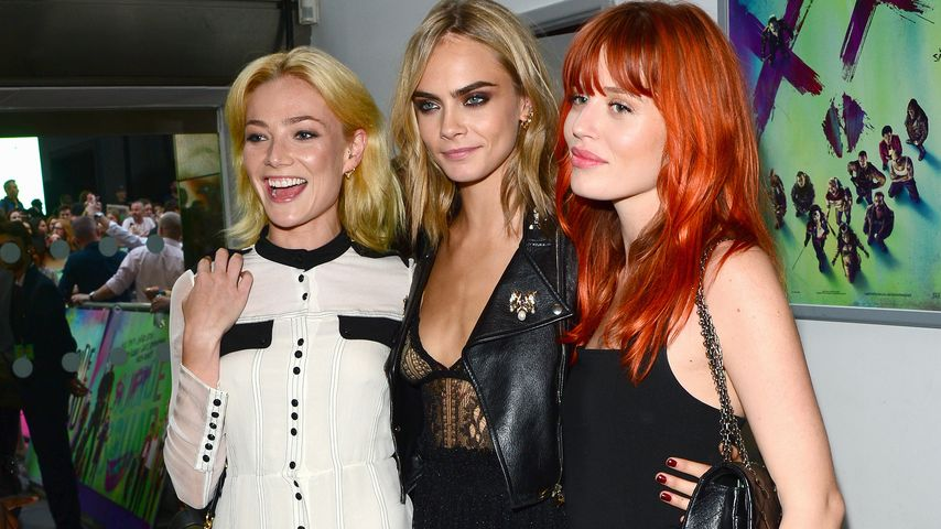 Clara Paget, Cara Delevingne und Georgia May Jagger in London