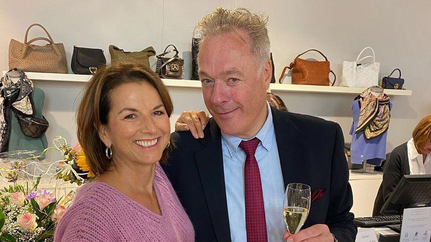 Claudia Obert und Ronald Schill in Claudias Boutique, 2020