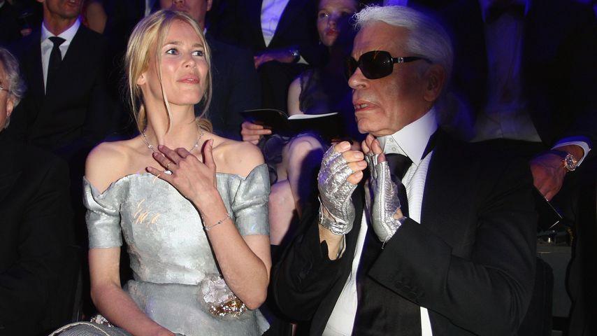 Claudia Schiffer und Karl Lagerfeld bei der Berlin Fashion Week 2008