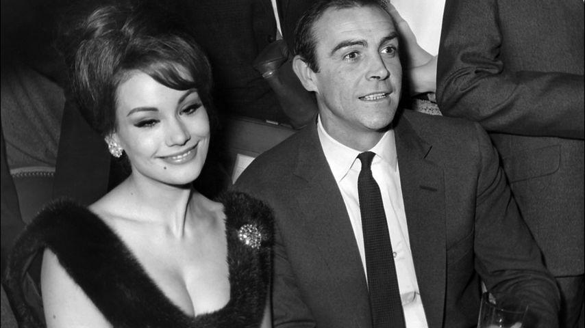 Claudine Auger und Sean Connery, 1965
