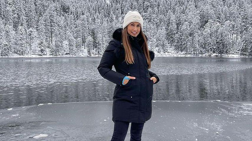 Influencerin Clea-Lacy im Schnee