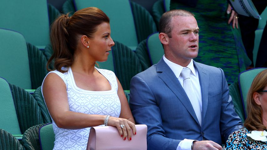 Pics mit Unbekannter: Wayne Rooneys Frau am Boden zerstört