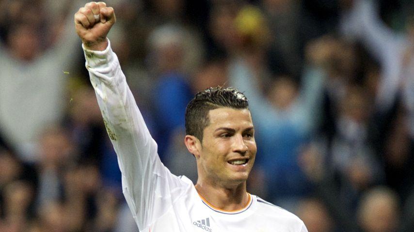 Nackt zum CL-Titel: Cristiano Ronaldo zeigt alles!