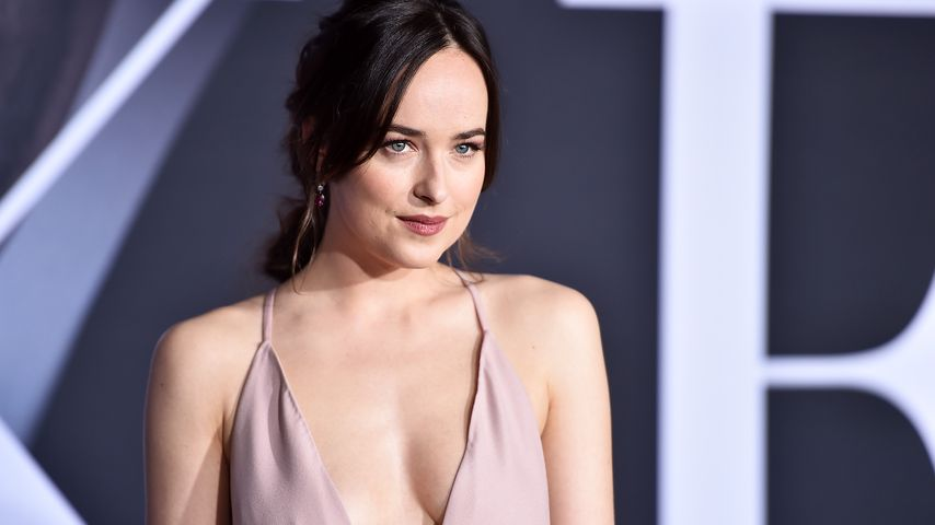 """Shades of Grey""-Premiere: Dakota Johnson gibt sich verrucht"