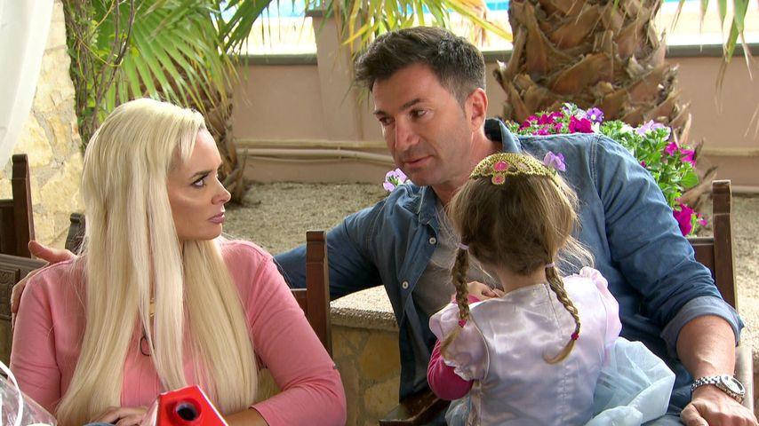 Daniela Katzenberger mit ihrem Mann Lucas und Tochter Sophia