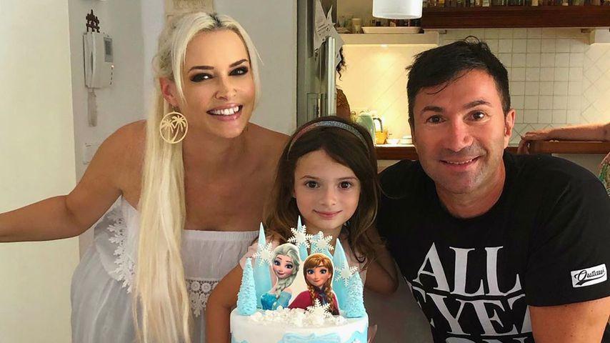 Daniela Katzenberger mit ihrer Tochter Sophia und ihrem Mann Lucas