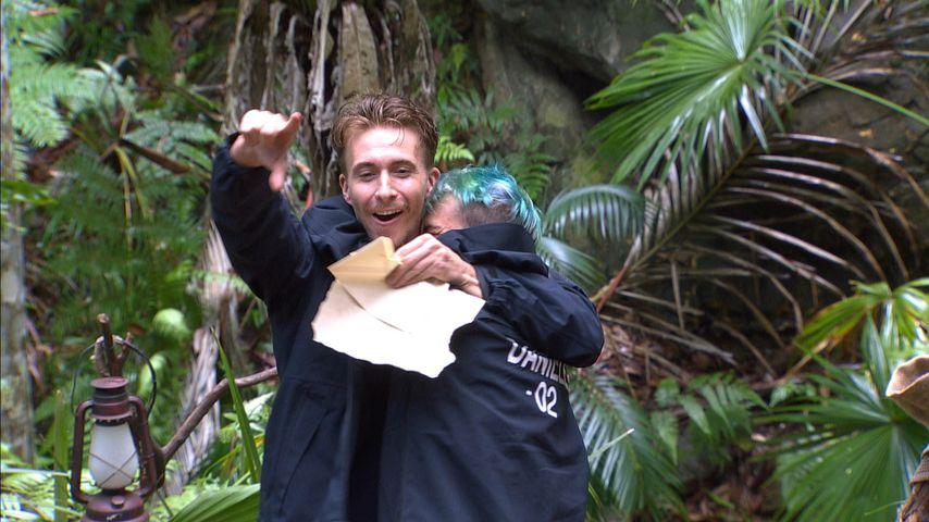 Die Dschungel-Kippen sind zurück: Daniele knutscht David ab!