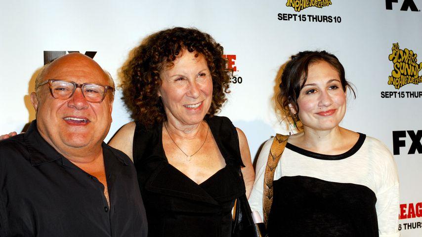 Danny DeVito und Rhea Perlman mit Tochter Lucy DeVito
