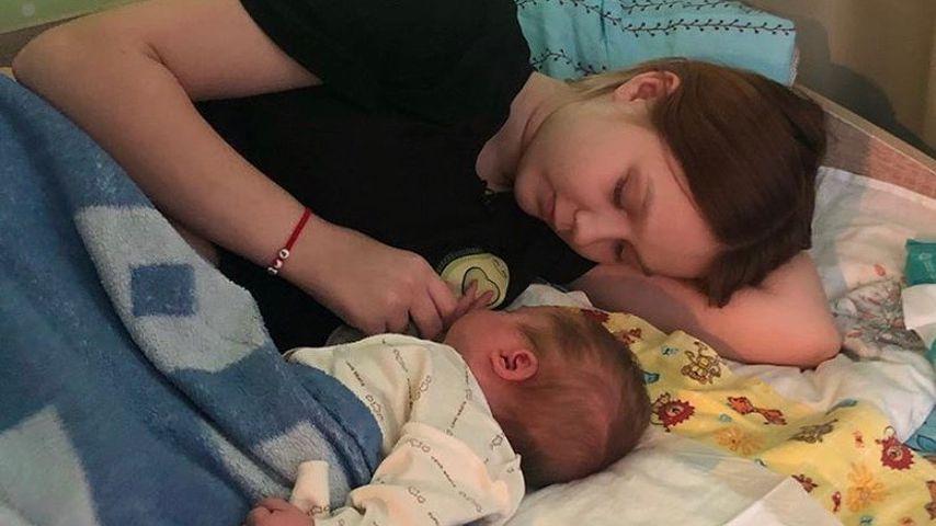 Die russische Influencerin Darya und ihre Tochter