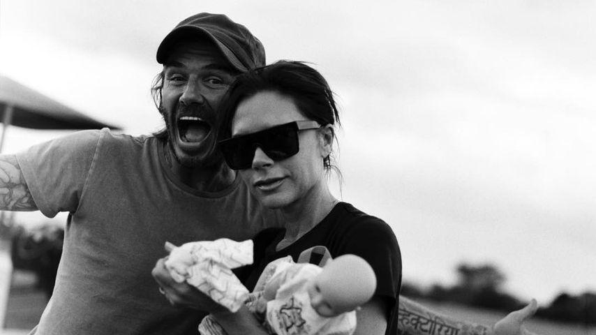 Zum 18. Hochzeitstag: Brooklyn Beckham feiert Mama & Papa!