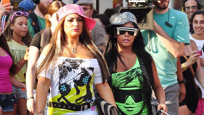 """Deena Nicole Cortese und Nicole """"Snooki"""" Polizzi bei den Dreharbeiten zu """"Jersey Shore"""""""
