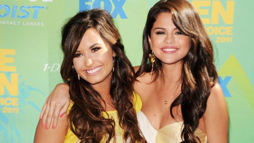Demi Lovato und Selena Gomez 2011