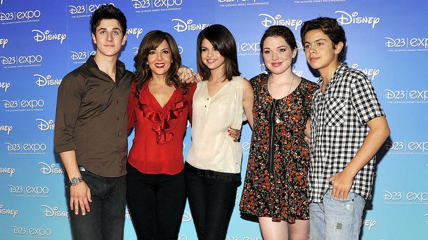 """Der Cast von """"Die Zauberer vom Waverly Place"""" auf der D23 Expo in Anaheim im September 2009"""