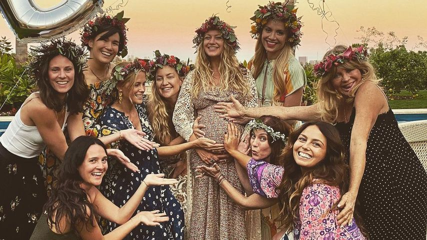 Goldie Hawn hat Spaß auf Babyparty ihrer Schwiegertochter
