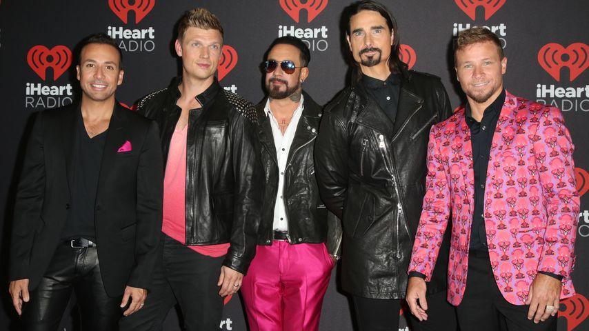 Die Backstreet Boys auf dem roten Teppich des iHeartRadio Festivals
